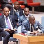 Elections générales d'Octobre 2015 : malgré les progrès indéniables accomplis par le Gouvernement, le Conseil de sécurité maintient les mesures d'interdictions des transferts d'armes lourdes en direction de la Côte d'Ivoire jusqu'au 30 avril 2016.