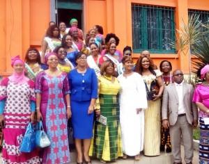 Cérémonie de Tirage au sort d'Attribution de marraines et remise de Don de la première dame aux Awoulaba Finalistes 2016