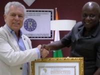 Distinction des Acteurs de Développement : S.E.M Sidiki Boubacar Sangaré reçoit le Prix d'Excellence 2017