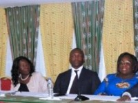 En prélude au 3ième Congres ordinaire du RDR :le ministre Touré Mamadou mobilise les femmes du RDR.