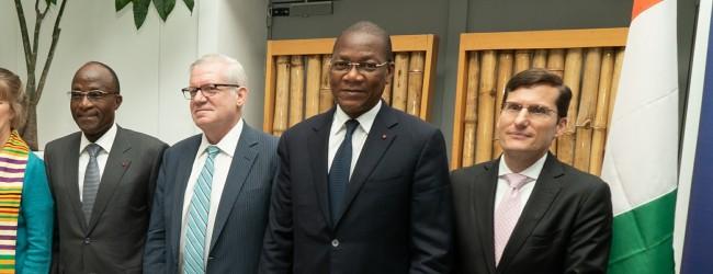 Le gouvernement ivoirien et VISA signent un accord pour numériser les services gouvernementaux