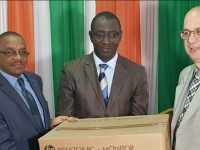 Côte d'Ivoire:l'Ambassade d'Israël offre 10 ordinateurs à l'Union des Journalistes de Côte d'Ivoire (UNJCI)