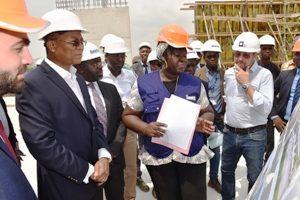 Le Ministre de la Construction, du Logement et de l'Urbanisme, Bruno Nabagné Koné a effectué une visite sur les chantiers de constructions au Plateau