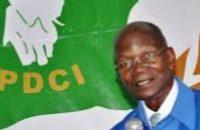 le vice-président du Parti Démocratique de Côte d'Ivoire (PDCI-RDA), Émile Constant Bombet a animé une conférence publique sur le thème « l'Houphouëtisme, un patrimoine national à pérenniser ».