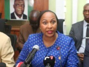 Conference de presse des groupes parlementaires élargie aux Partis politiques de l'opposition et la société civile Ivoiriennes