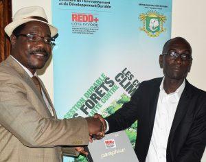 REFORESTATION EN COTE D'IVOIRE : International Calice signe un Accord-Cadre de Partenariat avec la REDD+ Côte d'Ivoire