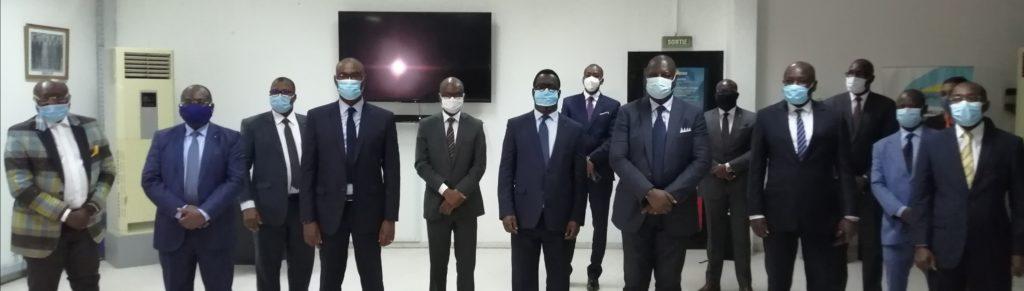 Côte d'Ivoire /Lutte contre le Covid 19 :L'Association Professionnelle des Banques et Établissements Financiers de Côte d'Ivoire (APBEF-CI) offre  différents Matériels d'une valeur de plus de 160 Millions de Frs CFA au Ministère de la Santé et de l'Hygiène Publique (MSHP)