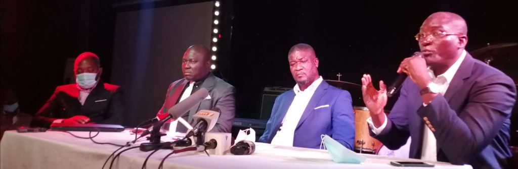 Conférence de presse du Mouvement des Opérateurs Économiques  de la nuit et Débit de Boissons(MOPEN)
