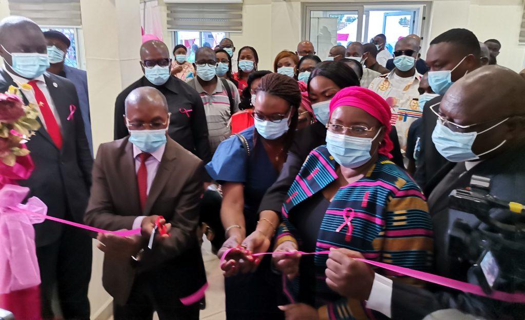 Cérémonie de lancement officiel des activités d'Octobre Rose du CNRAO