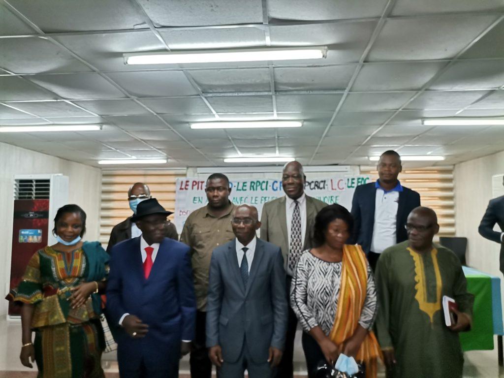 Conférence de presse de clarification de sept(7)partis et Groupement Politiques de l'opposition ivoirienne, suite à la participation d'une partie de l'opposition à la session du dialogue politique tenu du 21-29 /12/2020