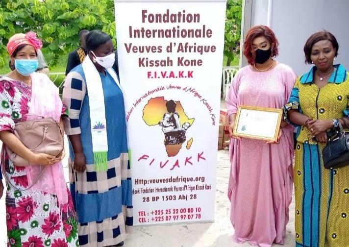 Côte d'Ivoire :Journée Internationale de la veuve et de l'orphelin :la Fondation Internationale des Veuves d'Afrique Kissah Koné (FIVAKK) Honore plusieurs Veuves