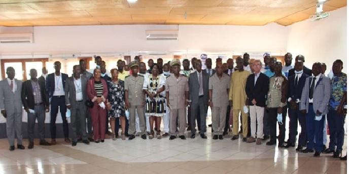 PROTECTION DE L'ENVIRONNEMENT ET LUTTE CONTRE LA POLLUTION EN COTE D'IVOIRE  / Dialogue direct entre le CIAPOL et les industriels pour des actions concertées